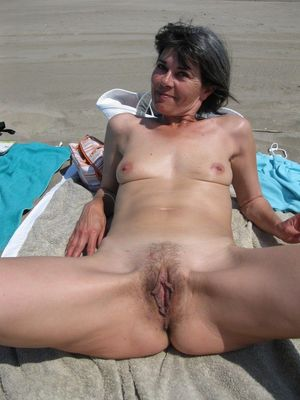 wife on nude beach