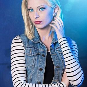 android 18 cosplay