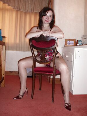 housewifes in pantyhose