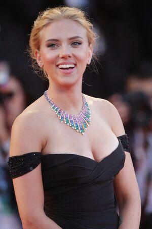 Famous female actresses naked - malamute-selawikriver.com