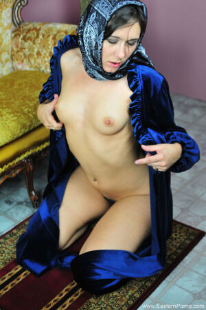 sexy arabian girl