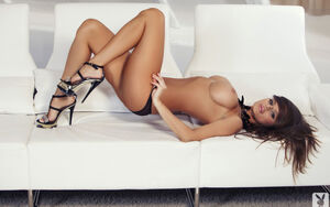 high heels naked