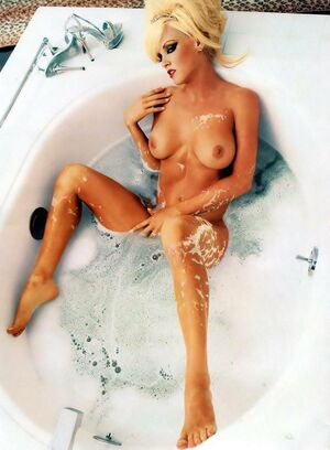 jenny mccarthy nude videos