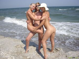 swingers nude beach