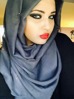 arab girls are beautiful