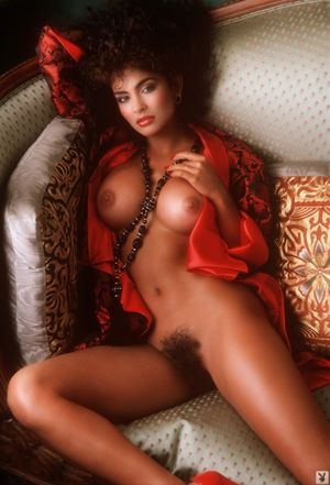 naked pictures of pam grier