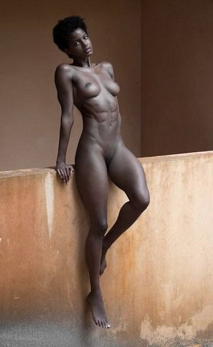 sexy ebony girl naked