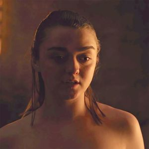 arya stark boobs