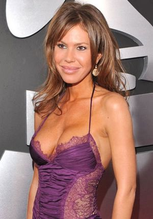 nikki cox unhappily ever after