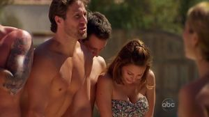 oliver hudson shirtless